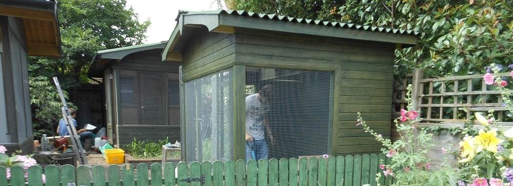 The houses, avaries and cages for the animals and birds are cleaned regularly by student helpers